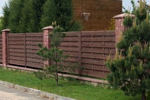 Забор из необрезной доски – природная красота и надежная защита участка