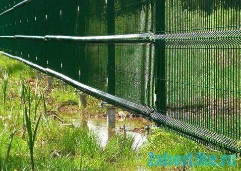 3d забор на винтовых сваях