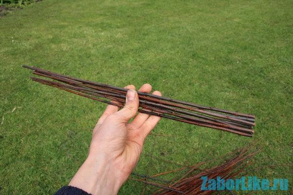 Правильно заготовленные прутья - залог прочности ограды